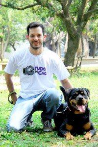Julio Castroviejo julio.castroviejo@tudodecao.com.br